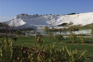 Pamukkale- Descalzo en el Castillo de Algodón