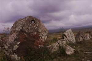 Zorats Karer: Las piedras de los poderosos