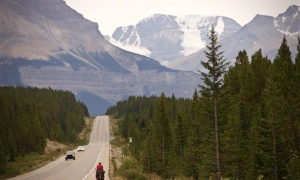 Icefields Parkway per Fahrrad: Wintereinbruch im August