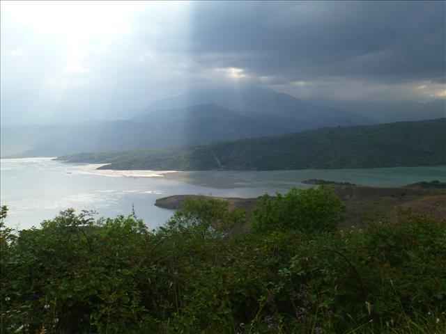 A lake on the way down to Kapan