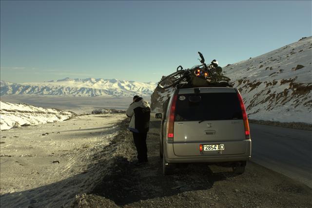 Kurz vor der kirgisisch-chinesischen Grenze