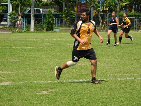 Roberto plays Gaelic Football