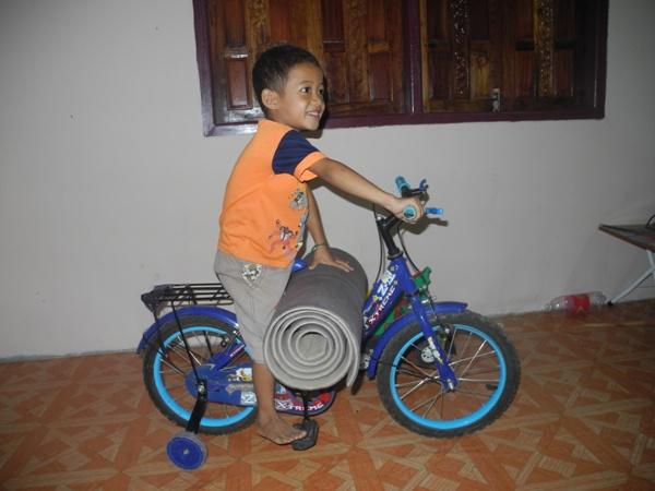 Future-world-cyclist