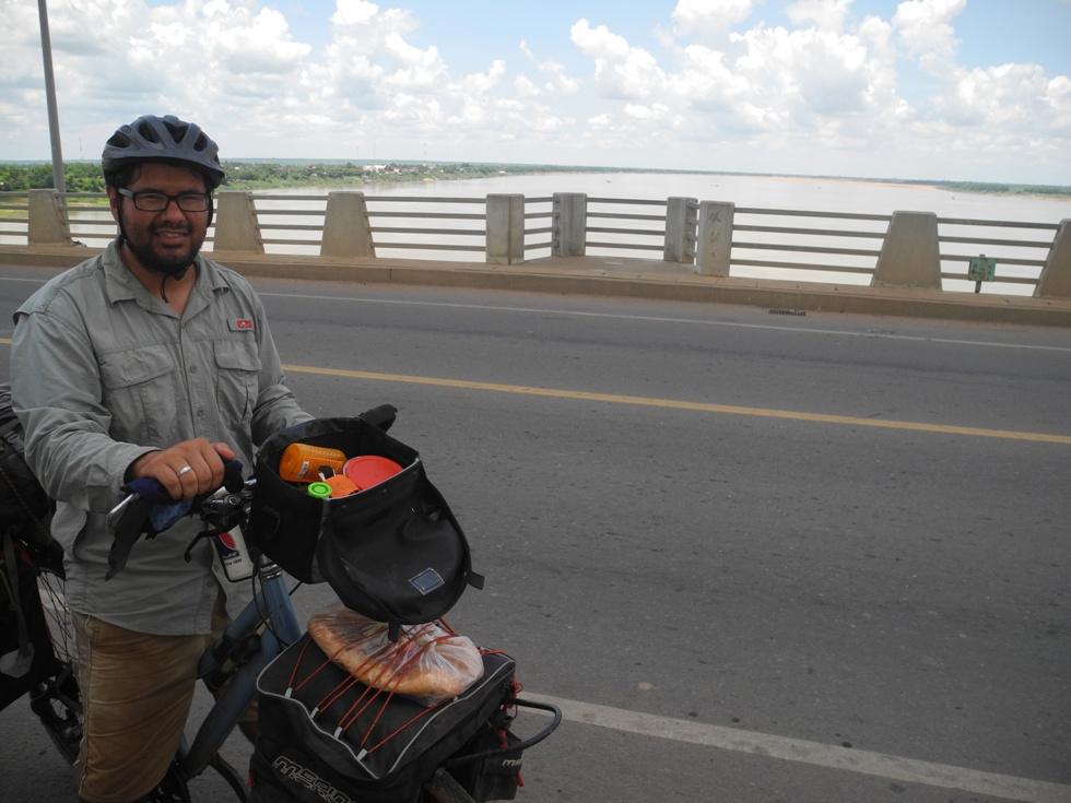 Kizuna Brücke die hinüber nach Kampong Cham führt.