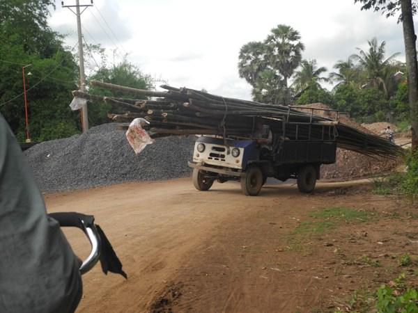 Holztransport in Kambodscha