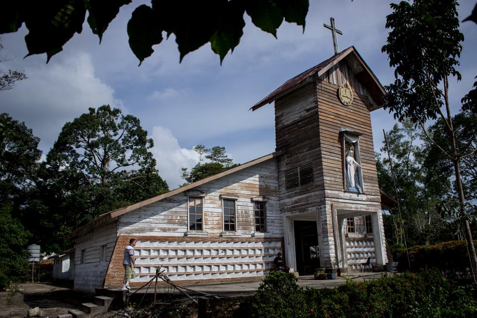 Iglesia Catolica en el Refugio Vietnamita