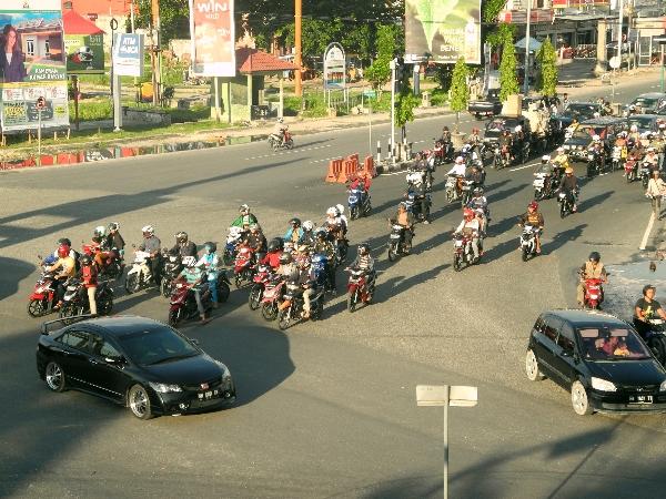 Traffic in Pekanbaru, Riau, Sumatra, Indonesia