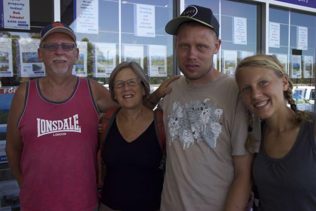 Mike, Maggie, Mathew y Annika