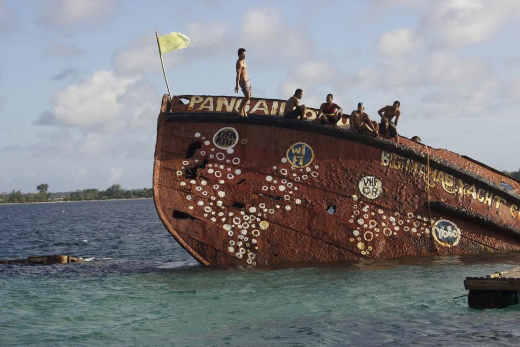 Pangaimotu Island Ship Wreck