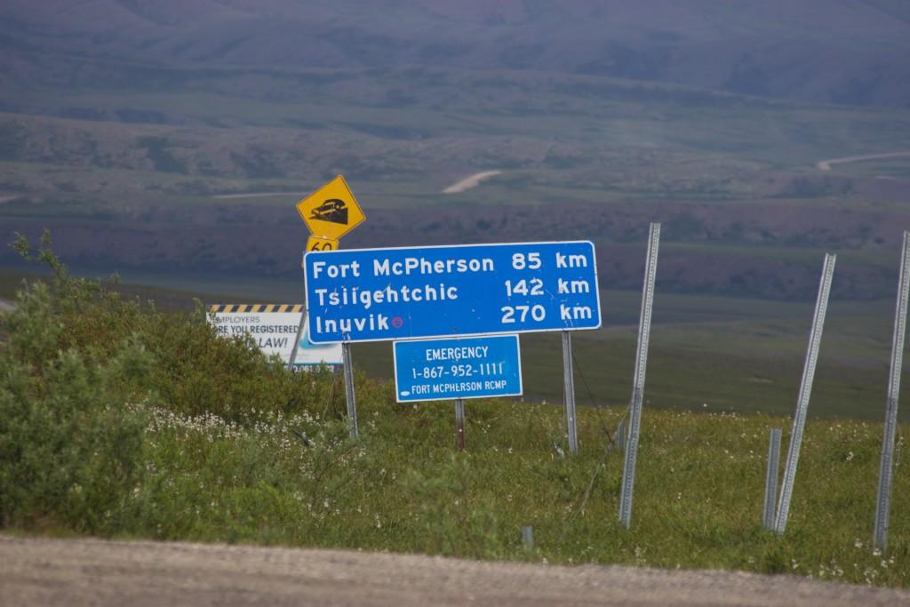 Signpost to Inuvik