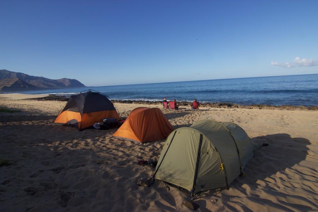 Nuestros vecinos acampando