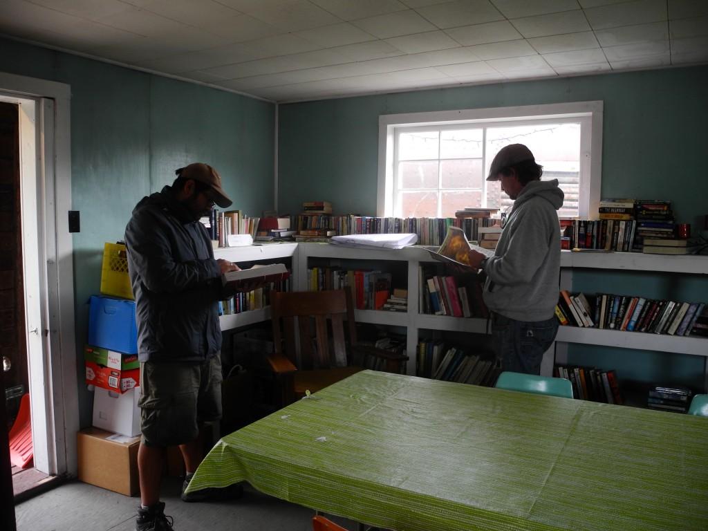 Keno City's library