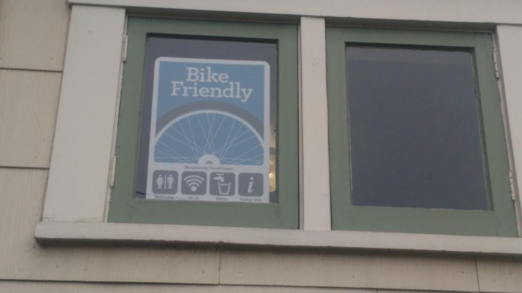 Bike friendly tourist information in Oregon (McInnes)