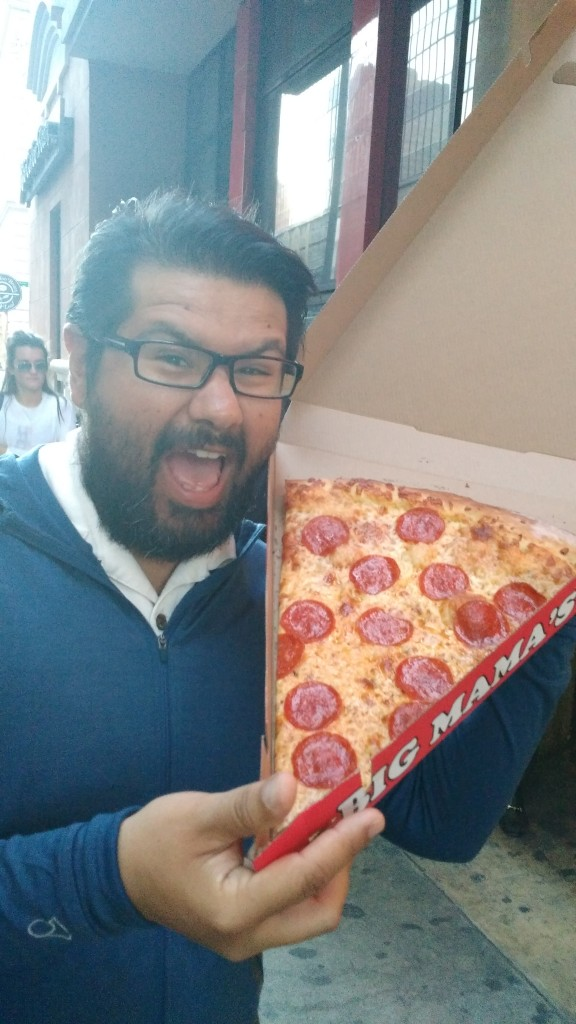 Big Mama huge Pizza slice