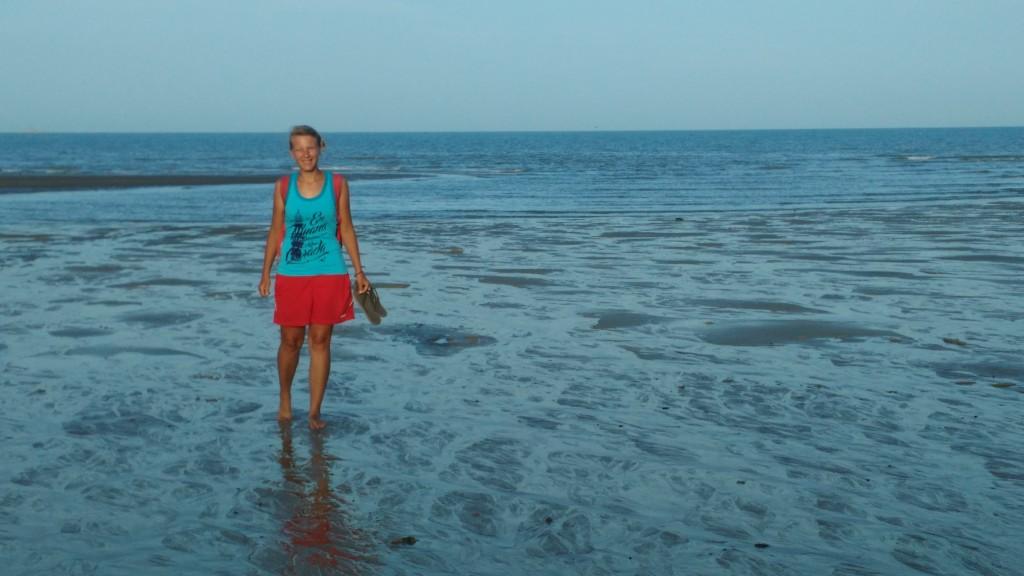 A walk in the sea