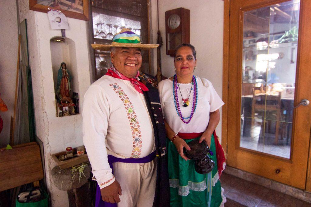 Alejandro y Martina Mora