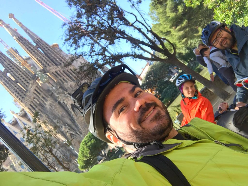Cyclists at the Sagrada Familia