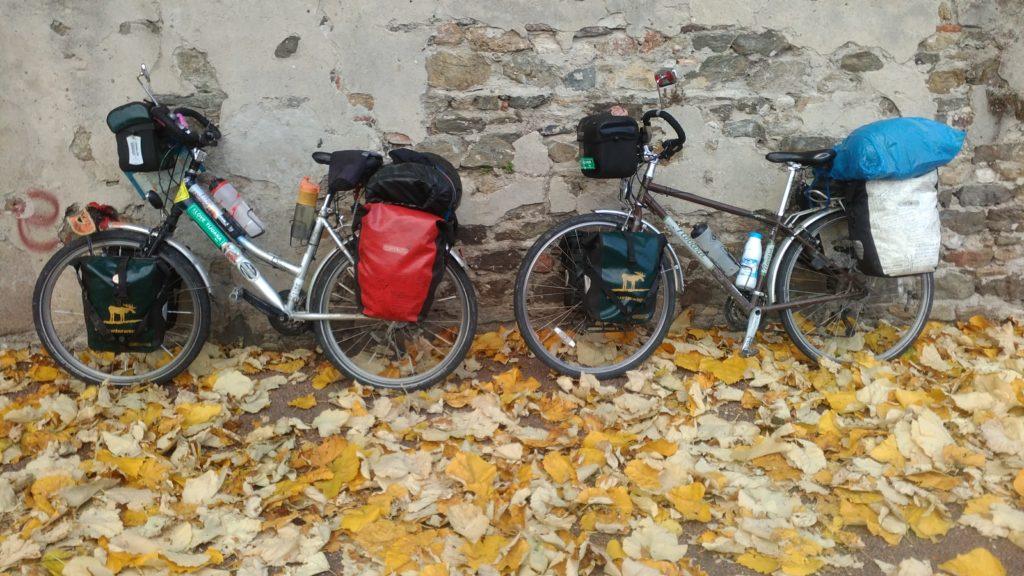 Annika's and Roberto's bicycles
